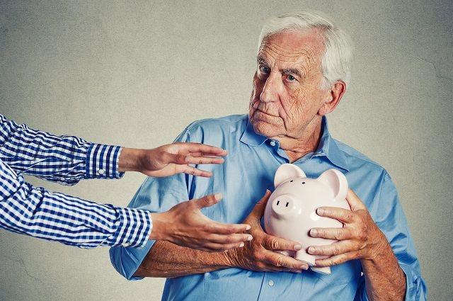 Должны ли пенсионеры платить налог на землю в 2017