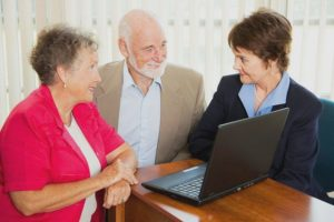 Может ли пенсионер стать самозанятым, и какие за это могут быть последствия